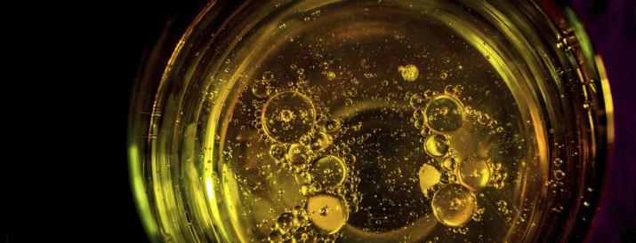 densidad aceite y agua